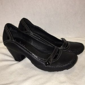 Indigo black maryjane with heel. Size 7m